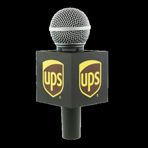 UPS SQUARE MIC FLAG