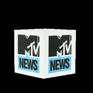 MTV NEWS Square Mic Flagl